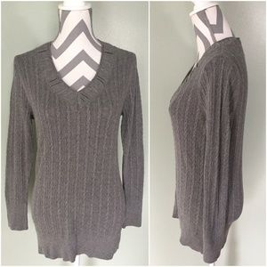 EDDIE BAUER Gray Pullover V-Neck Long Sweater Sz M
